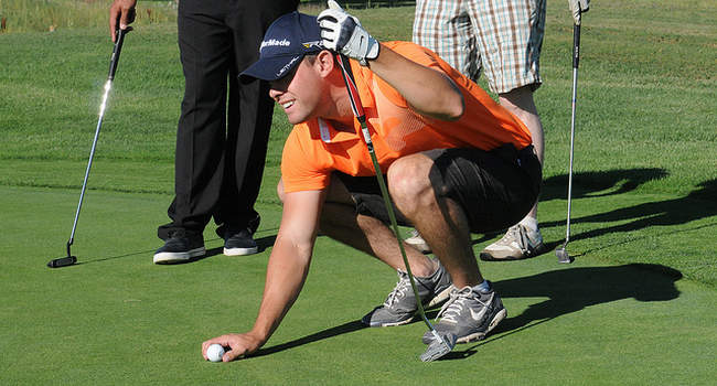 Hacer trampas jugando al golf